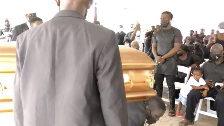 f1bb212bb35d4993b71f5609aa447d93?quality=uhq&resize=720 - The Last Moment The Dancing Pallbearers Danced With Eddie Nartey's Wife Coffin Before Her Burial