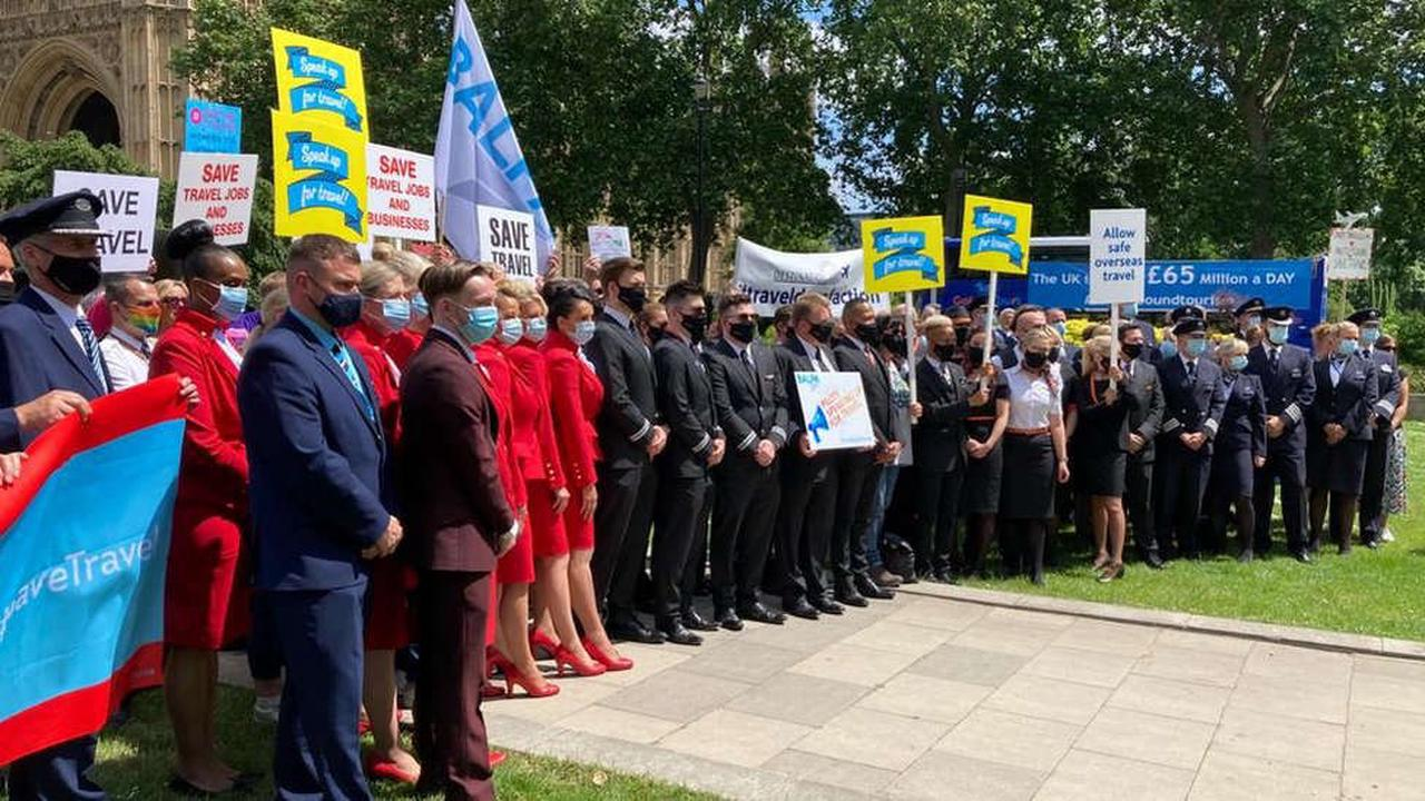 Travel industry protests against Covid restrictions