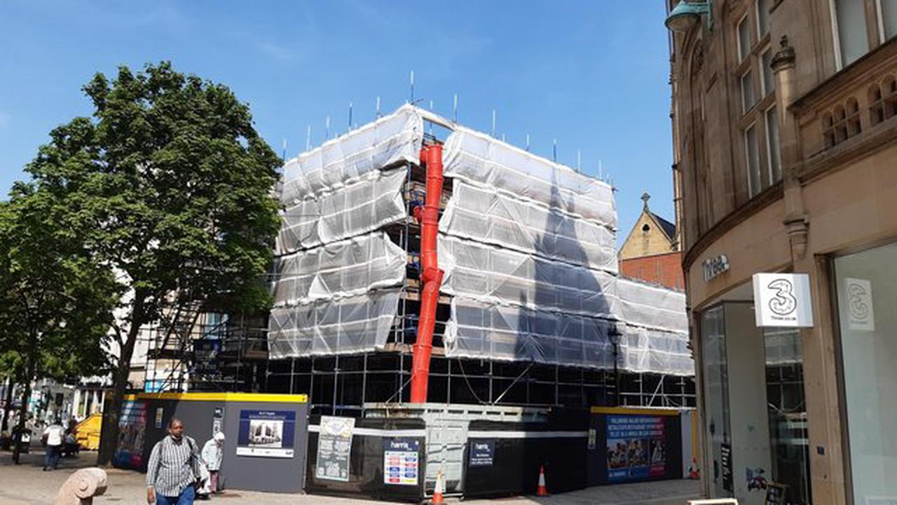 What will replace Next on Fargate? Two restaurant chains battle for Sheffield spot