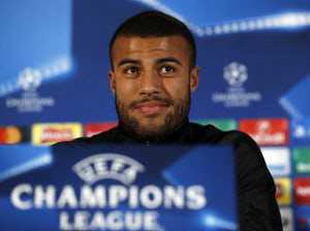 Paris Saint Germain finally sign Barcelona Rafinha on a free transfer