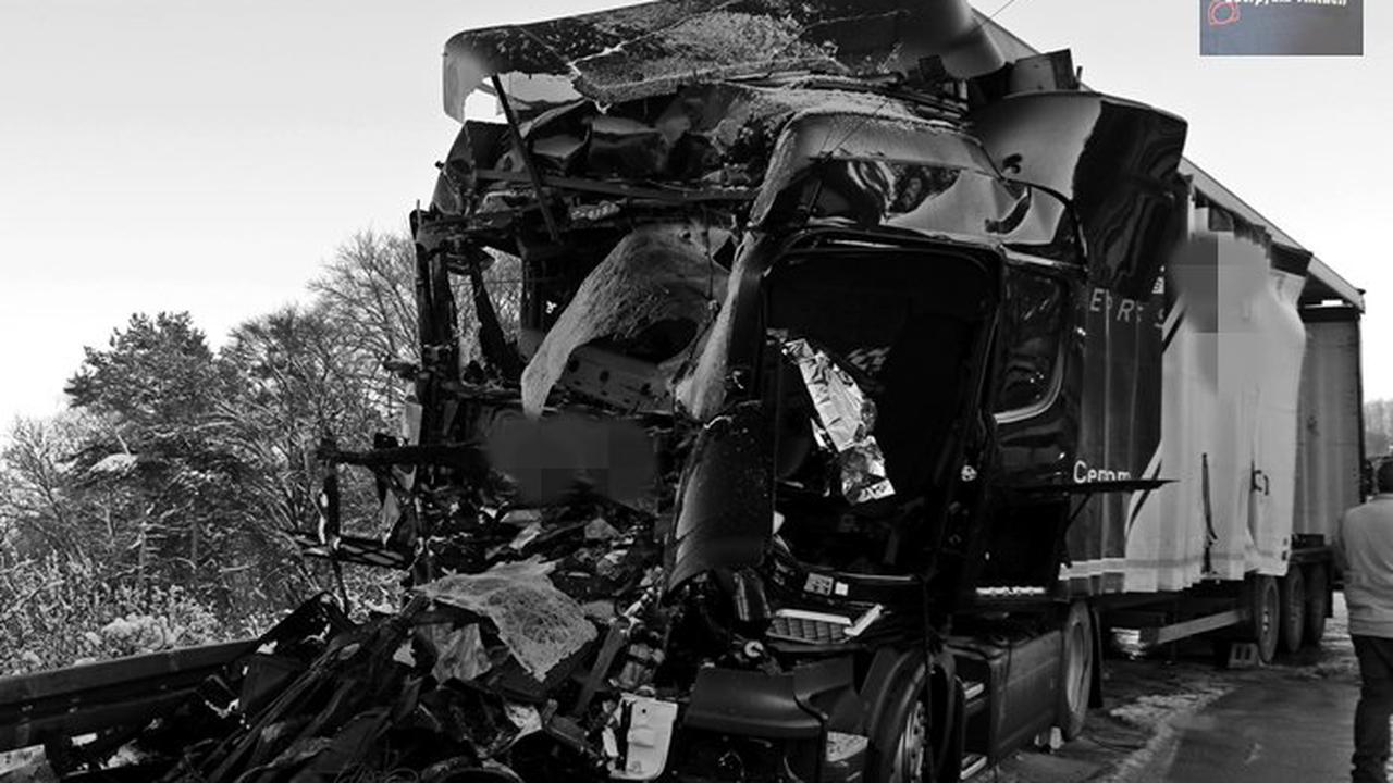 Leuchtenberg – Sperrung der Autobahn nach Lkw-Unfall