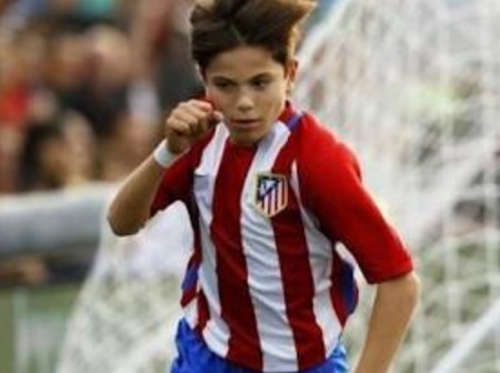 Done Deal! Man. United Sign Wonder kid From Madrid After Beating Off Competition From Top Clubs.