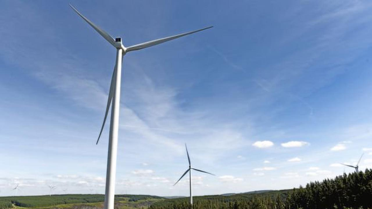 Plans for UK's tallest wind farm met with mixed response from neighbouring residents
