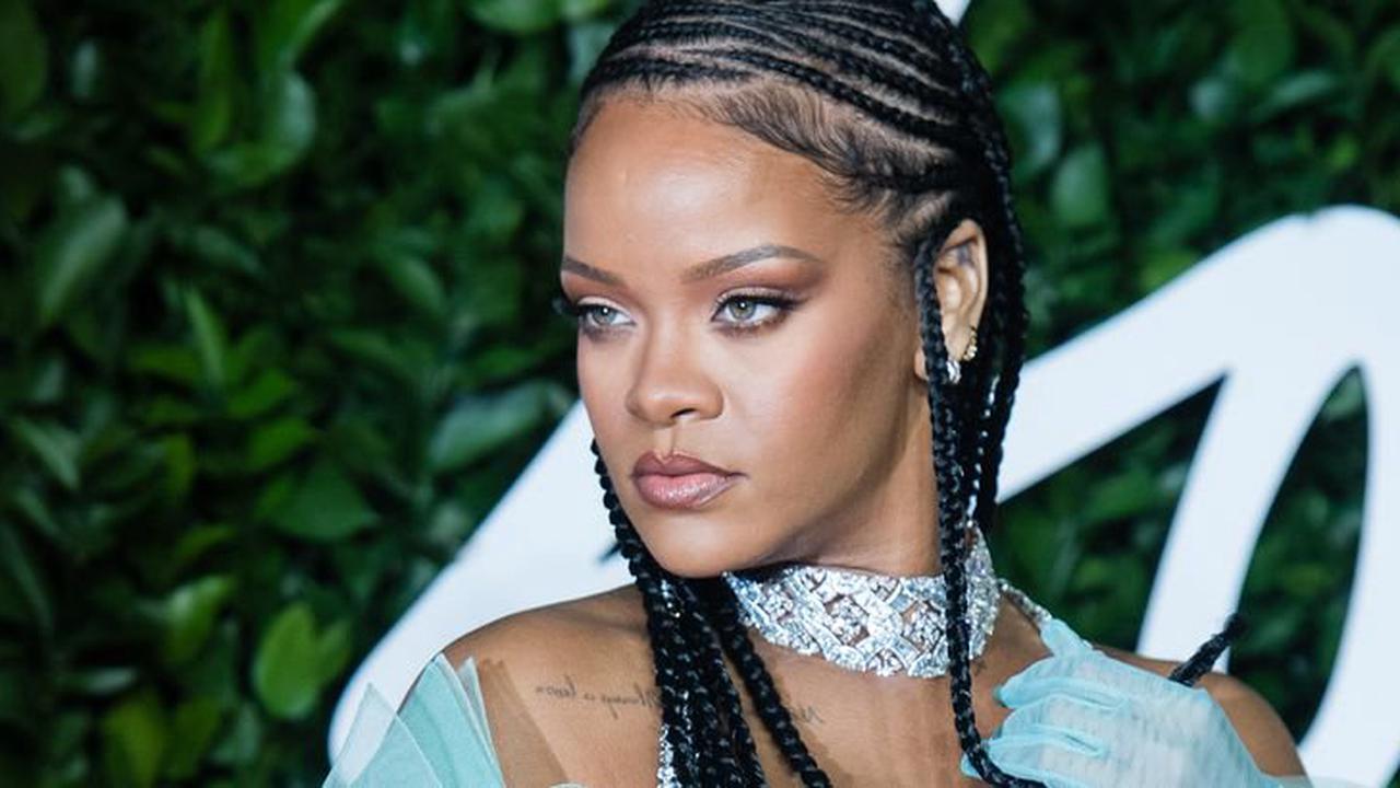 Rihanna : une photo d'elle au naturel choque les internautes !