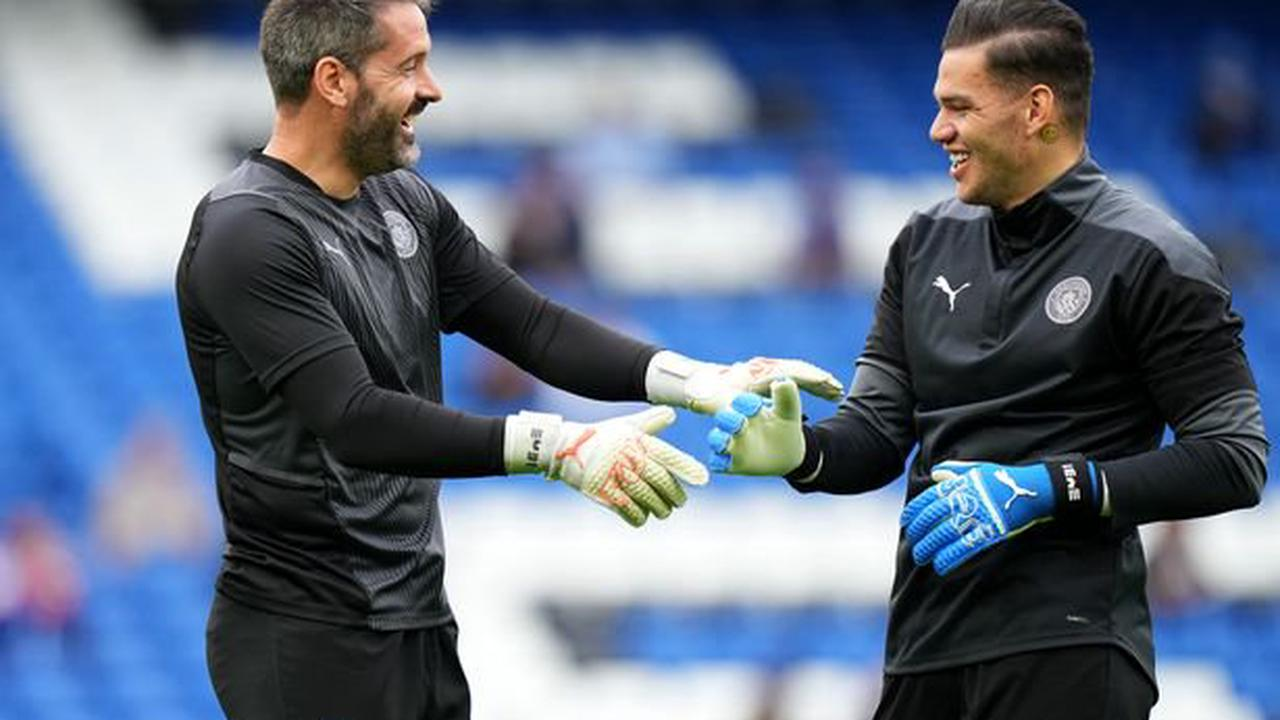 NI goalkeeper Carson joins Dundee United in two-year deal