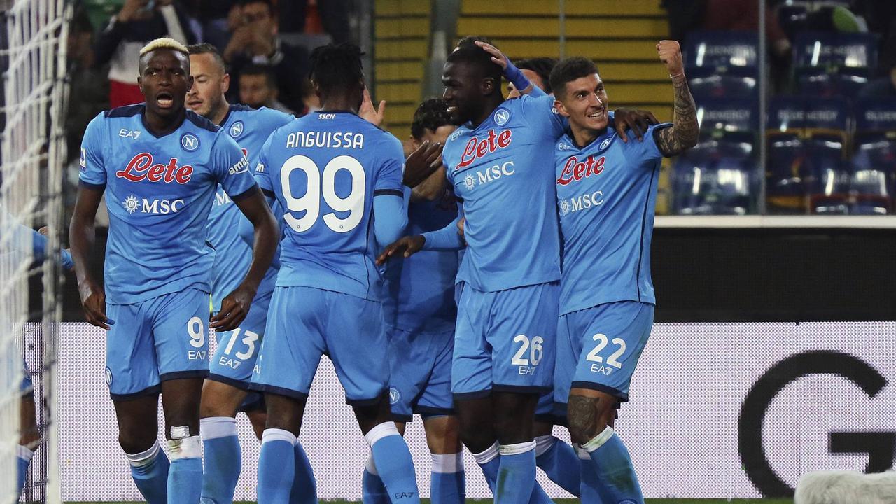 Neapel erobert Tabellenführung in der Serie A
