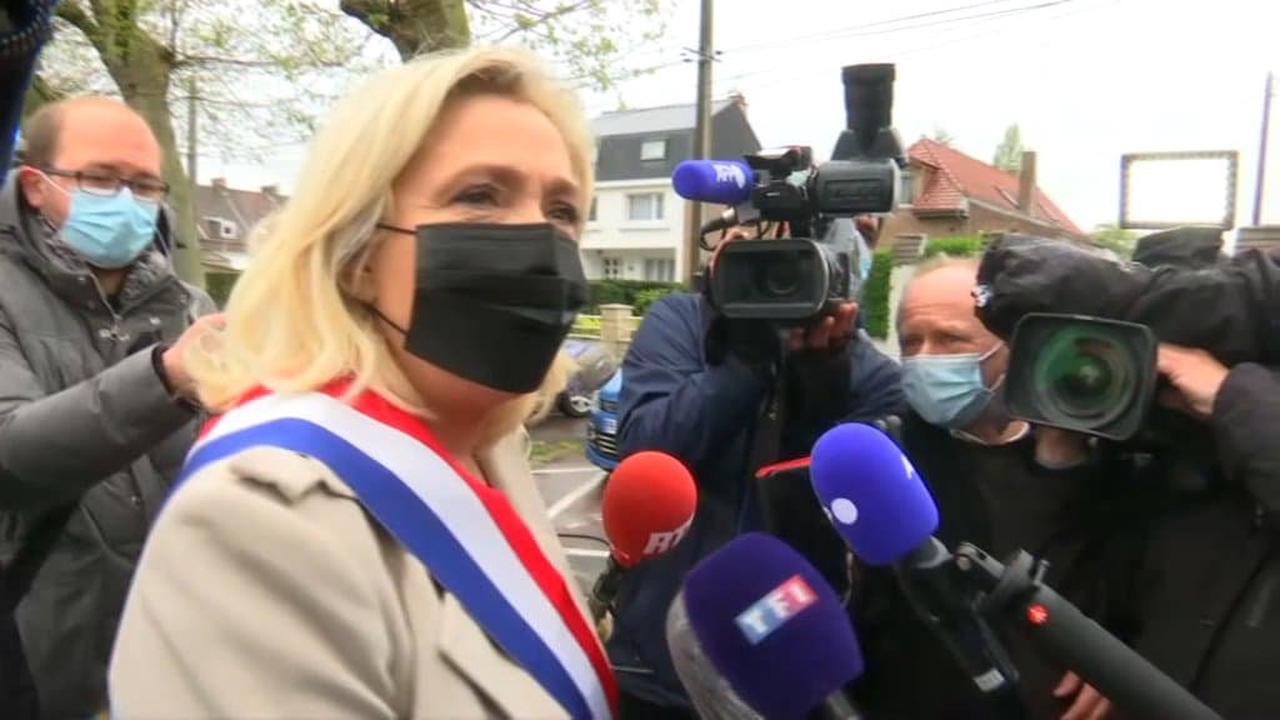 Régionales: Le Pen raille Dupond-Moretti avec une référence aux bracelets anti-rapprochement
