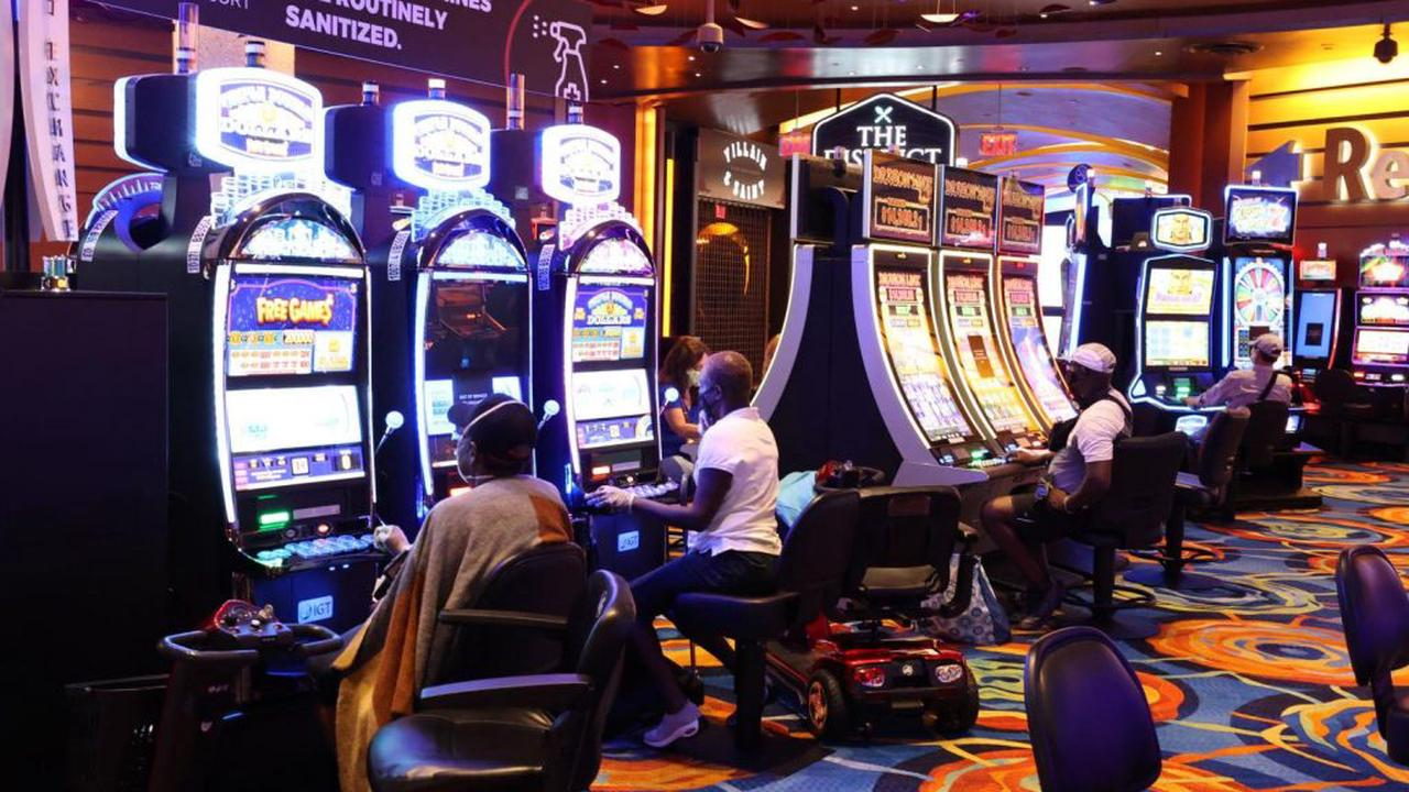 Do Big Bets Help In Playing Slots?