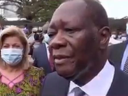 Ouattara affirme que Sarkozy a changé la constitution française et se fait recadrer