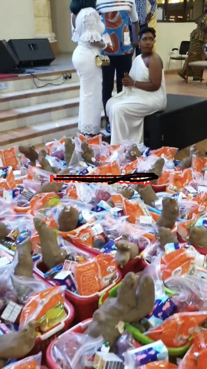 f632c8697dea4a8d8fa2d285a54b8300?quality=uhq&resize=720 - McBrown's Baby Maxin Celebrates Her Birthday In Church With Bunch Of Hampers To Congregrants