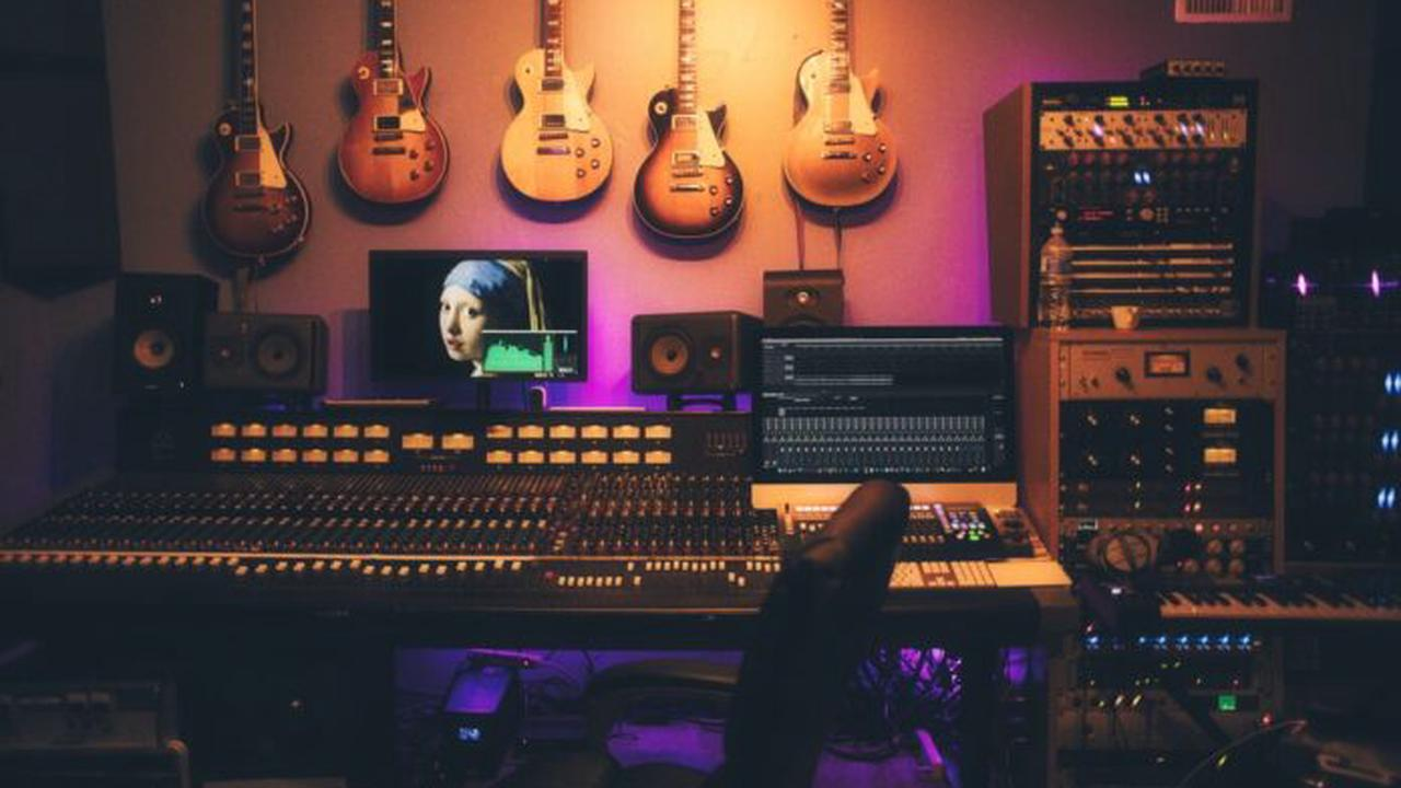 How The Digital Age has Changed The Way Music is Made in 2021