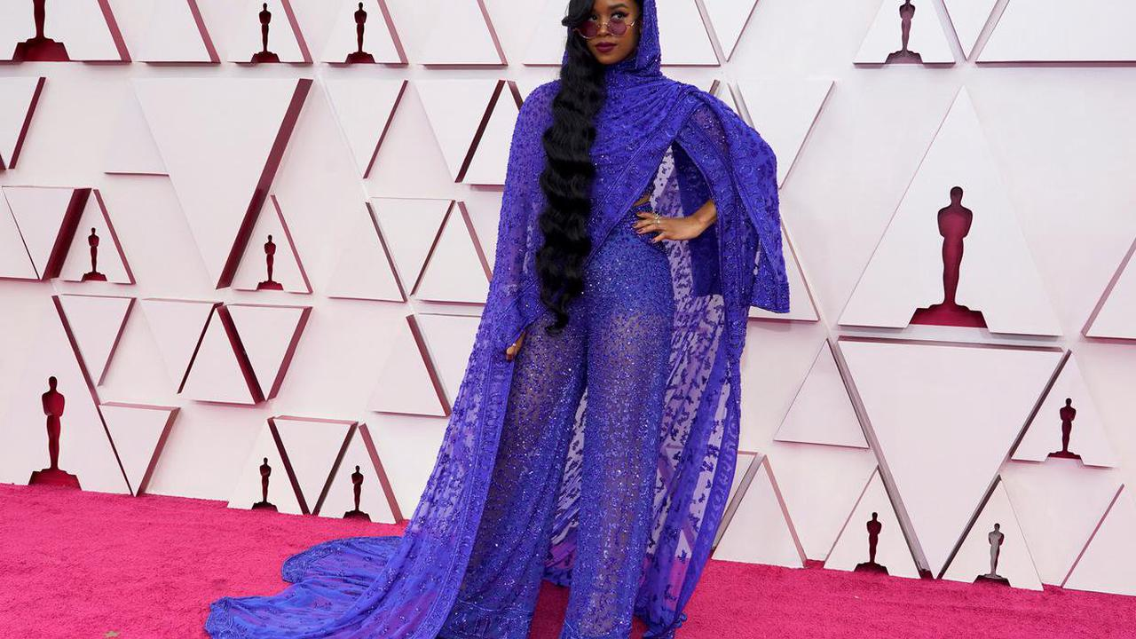 Oscars 2021: Old Hollywood glamour rules thered carpet
