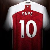 Who should take the number 10 shirt at Arsenal?