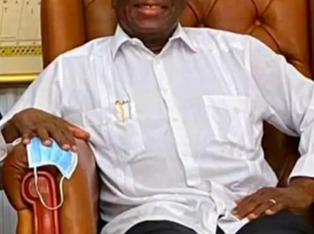 Too Much Distraction And Problems : The President Of Zimbabwe Is Allegedly Losing Weight