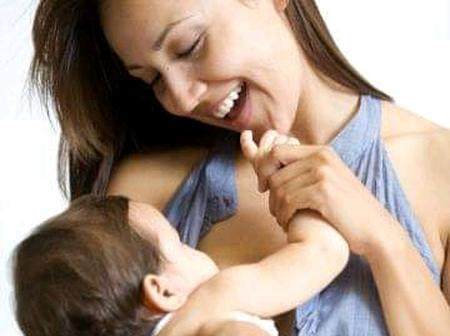 Difference between powdered milk and breast milk