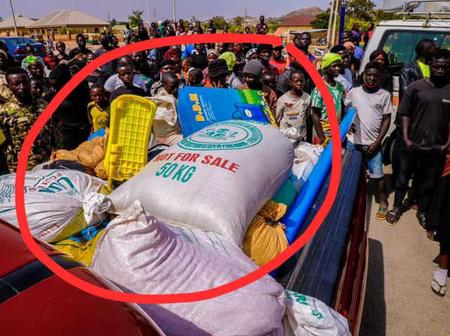 See Photos As Looters Returned Stolen Palliative In Plateau State.