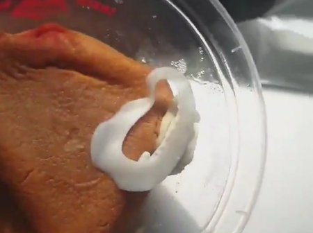 Man Laments About The Egg a Famous Eatery Added In His Moimoi (Vid)