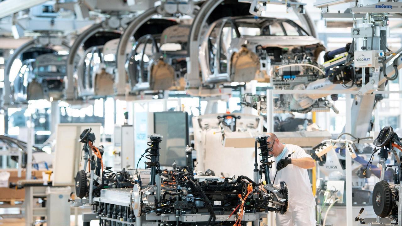 Industriestimmung in Eurozone trübt sich etwas ein