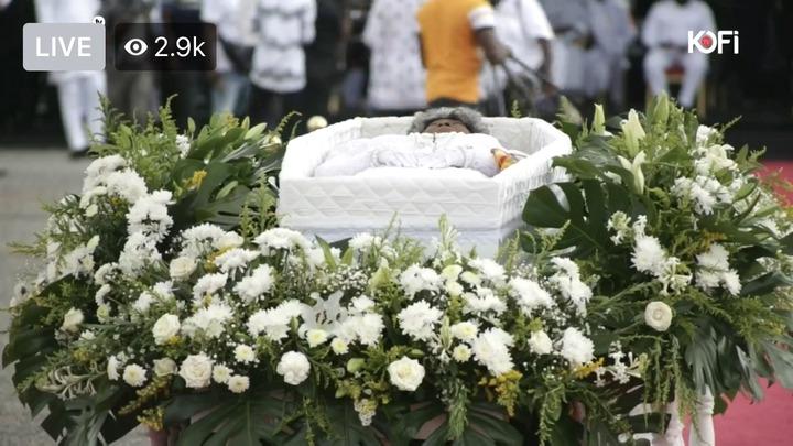 f951ab2ed9790d5b08f82f8a12980add?quality=uhq&resize=720 - Sad: Jerry John Rawlings Breaks Down In Tears As He Places A Flower In His Mother's Coffin