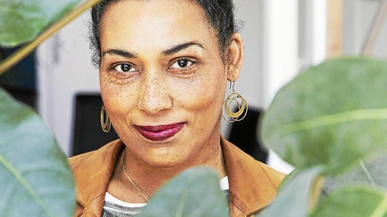 Morlaix - À Morlaix, Estelle-Sarah Bulle en dédicace à Dialogues le 23septembre