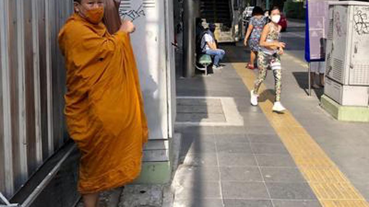 Thailand imposes new restrictions amid coronavirus outbreak