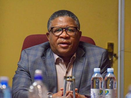 'Stay With Your Club' - Fikile Mbalula Told Kaizer Chiefs Fans