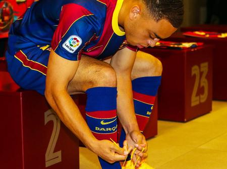 Do You Also Think Sergino Dest Could Play Both Left and Right Back for FC Barcelona?