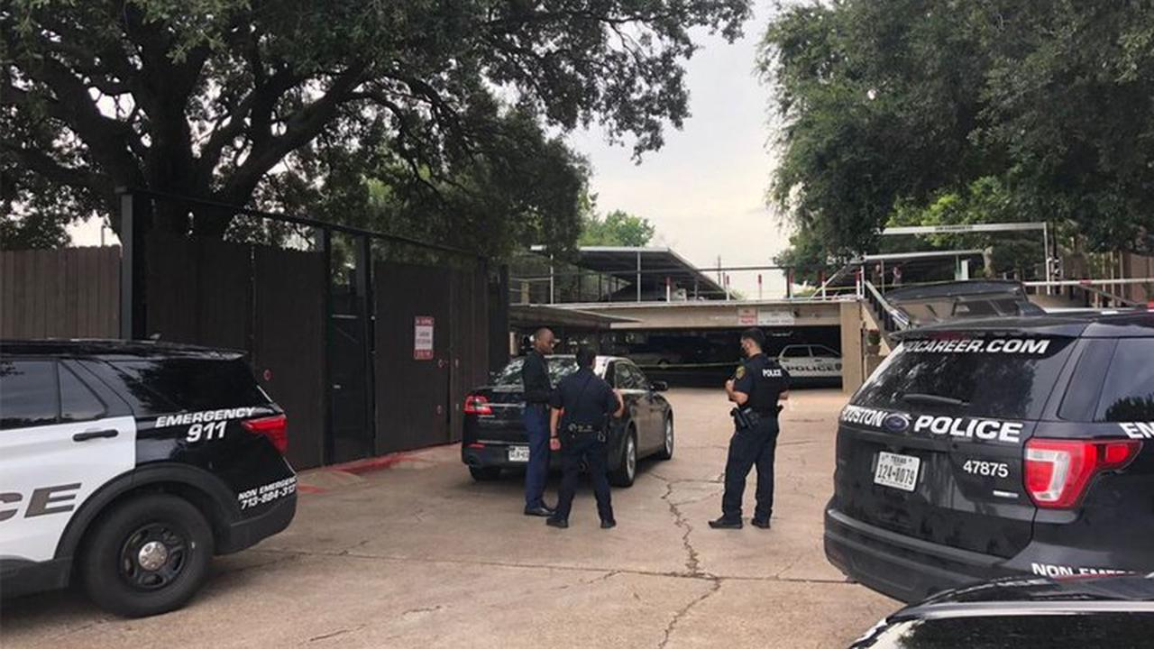 9 men flee captivity from SW Houston home, 15 victims unaccounted for