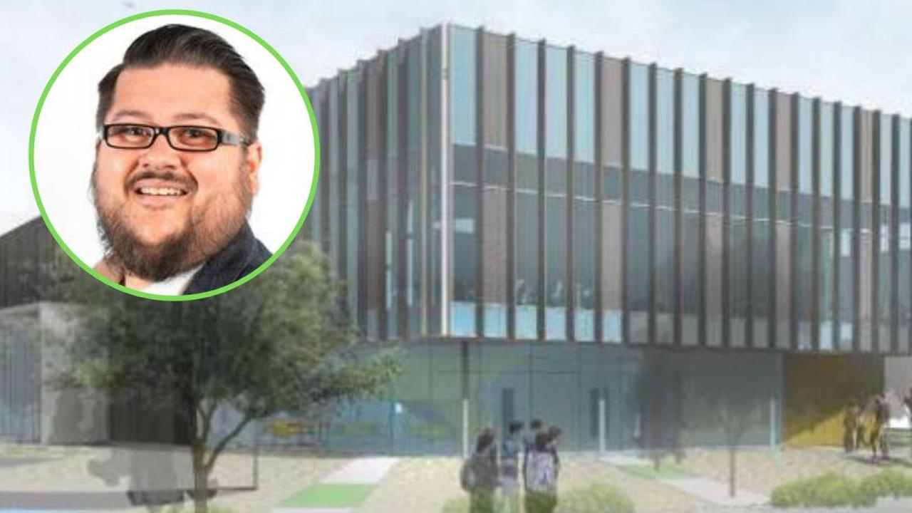Green Party councillor 'furious' about plans to extend Burnley College