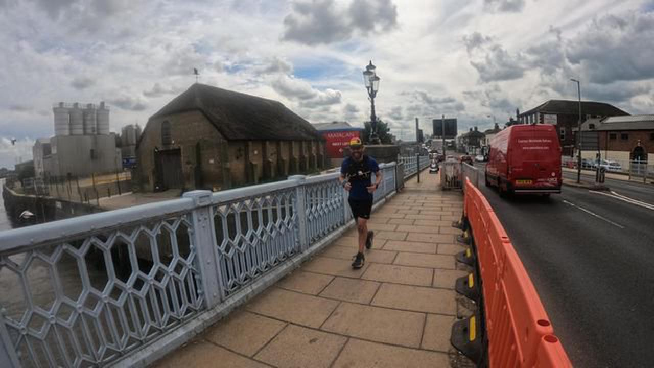 Man with cerebral palsy hits Norfolk on 1,900 mile run