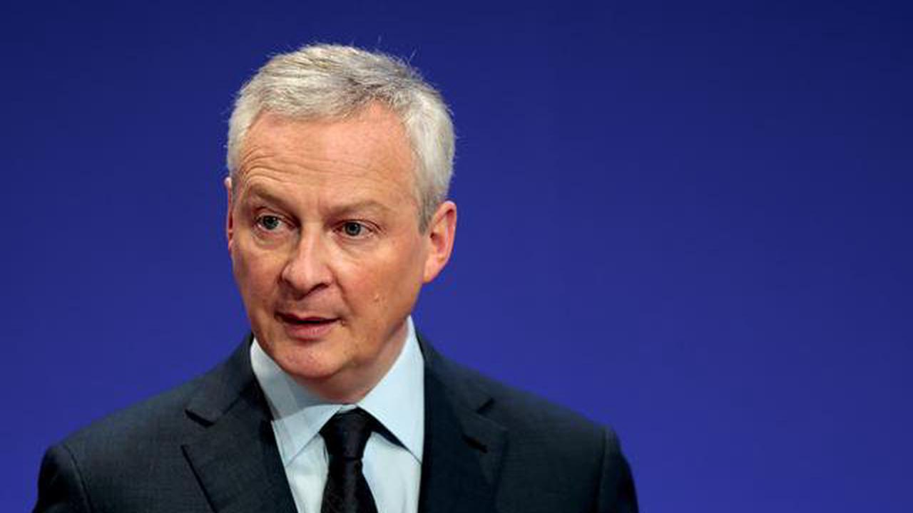UPDATE 1-Finance Minister Le Maire sees French economy back to pre-COVID levels by H1 2022