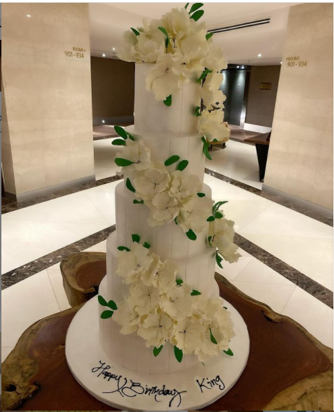 Tonto Dikeh shows off five massive cakes in celebration of her 36th birthday (Photos)