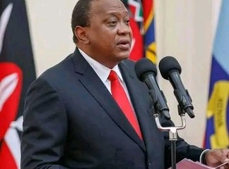 President Uhuru Kenyatta Forced To Pay A Blogger After Illegally Using His Content.