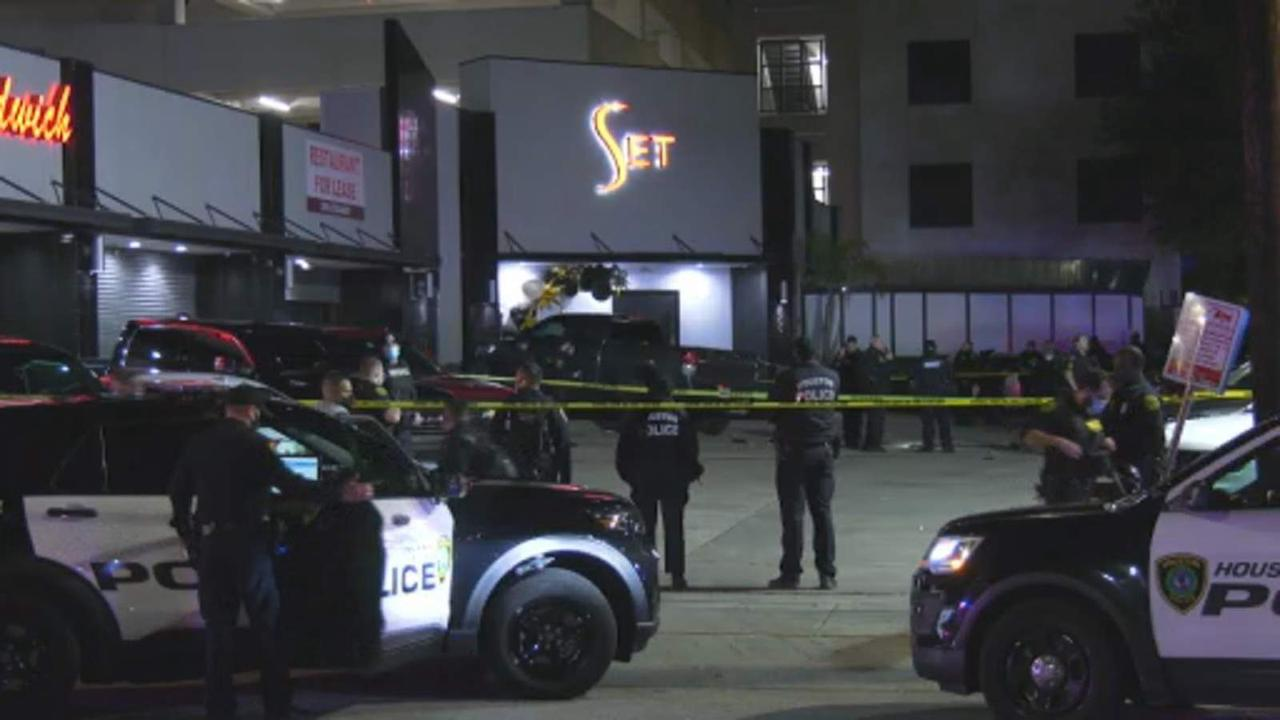 Woman killed, 3 Harris County deputies injured in shooting outside nightclub, officials say
