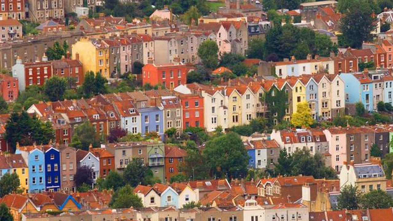 Film shoot on Bristol council estate needs locals