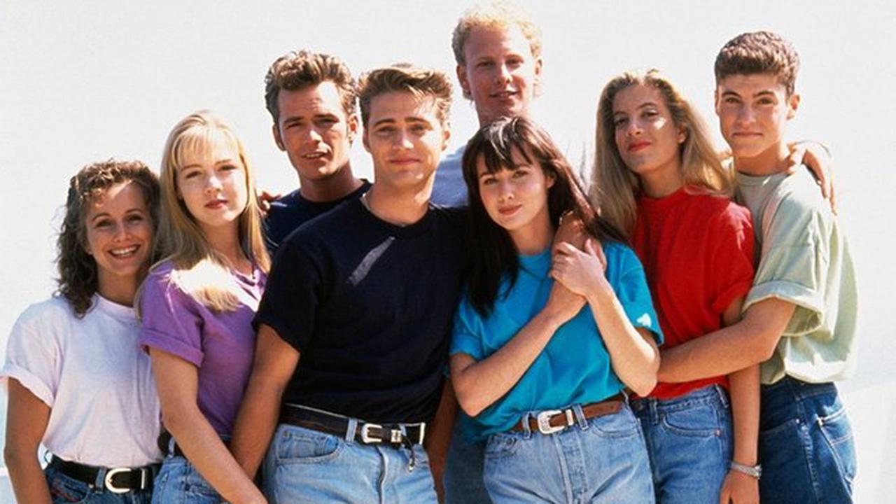 """Charmed: un protagoniste du 'reboot' qualifie les actrices originales de """"tristes et pathétiques"""""""