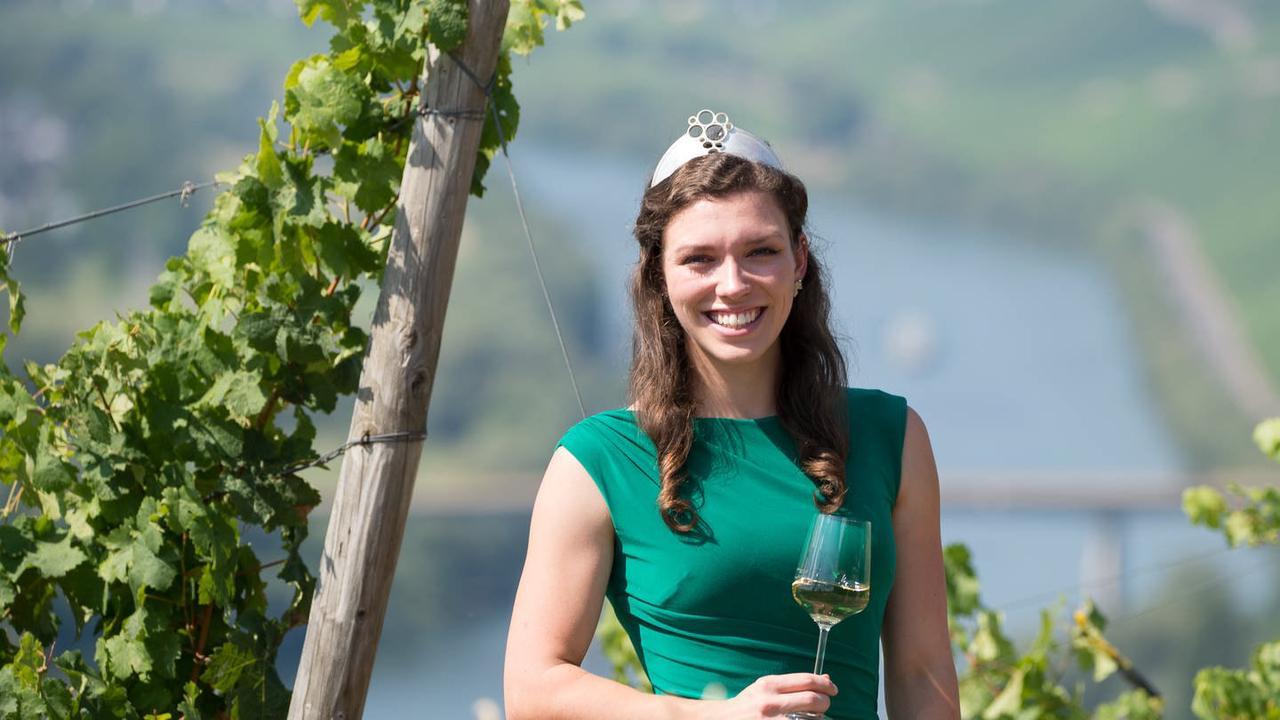 Deutsche Weinkönigin: Marie Jostock aus Köwerich will die Krone