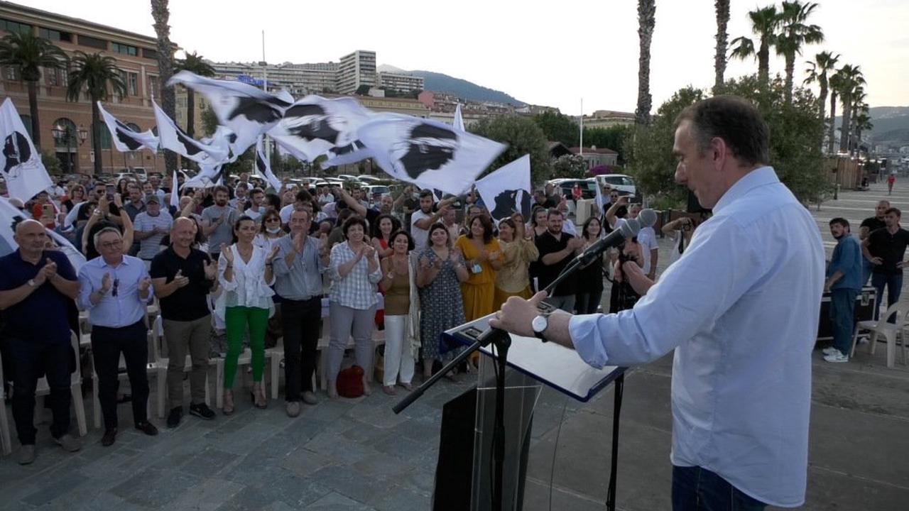 VIDÉO. Jean-Christophe Angelini en meeting à Ajaccio