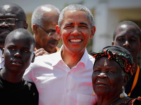 Barack Obama and His Kenya Family Thrown into Deep Mourning