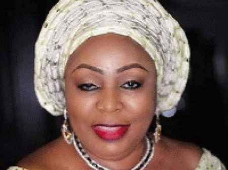 Opinion: Indeed, Sen. Florence Ita-Giwa Read The Hand Writing On The Wall And Decided To Act Wisely