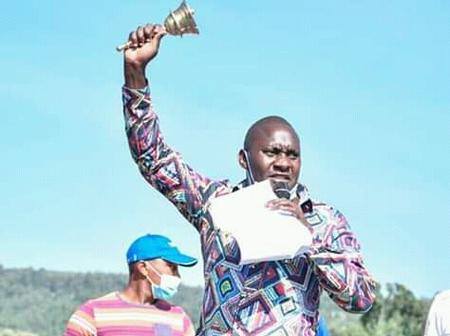 Machakos: Muthama's Candidate Forced to Flee in Kathiani After Wiper Supporters Heckled Him (VIDEO)