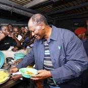 Voici une photo de Ouattara se servant le