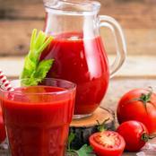 ماذا يحدث لجسمك عند تناول عصير الطماطم على الريق ؟