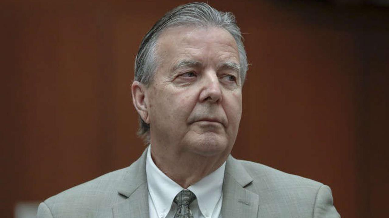 Ex-Palmdale mayor pleads guilty to perjury in no-show job corruption scandal