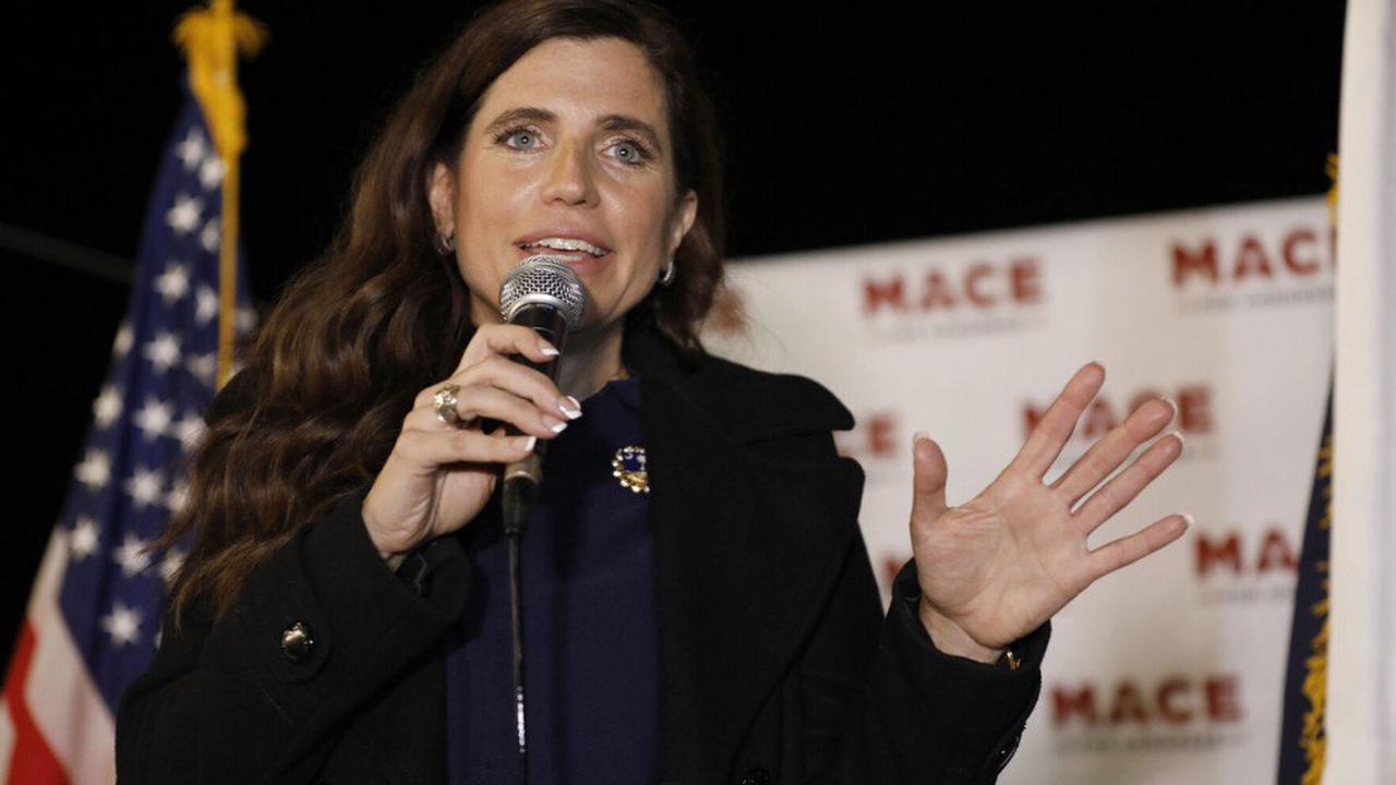 1st District debate turns on missed votes; working mothers