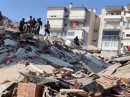 A 7.0 Magnitude earthquake kills at least 83 people and injured over 900.
