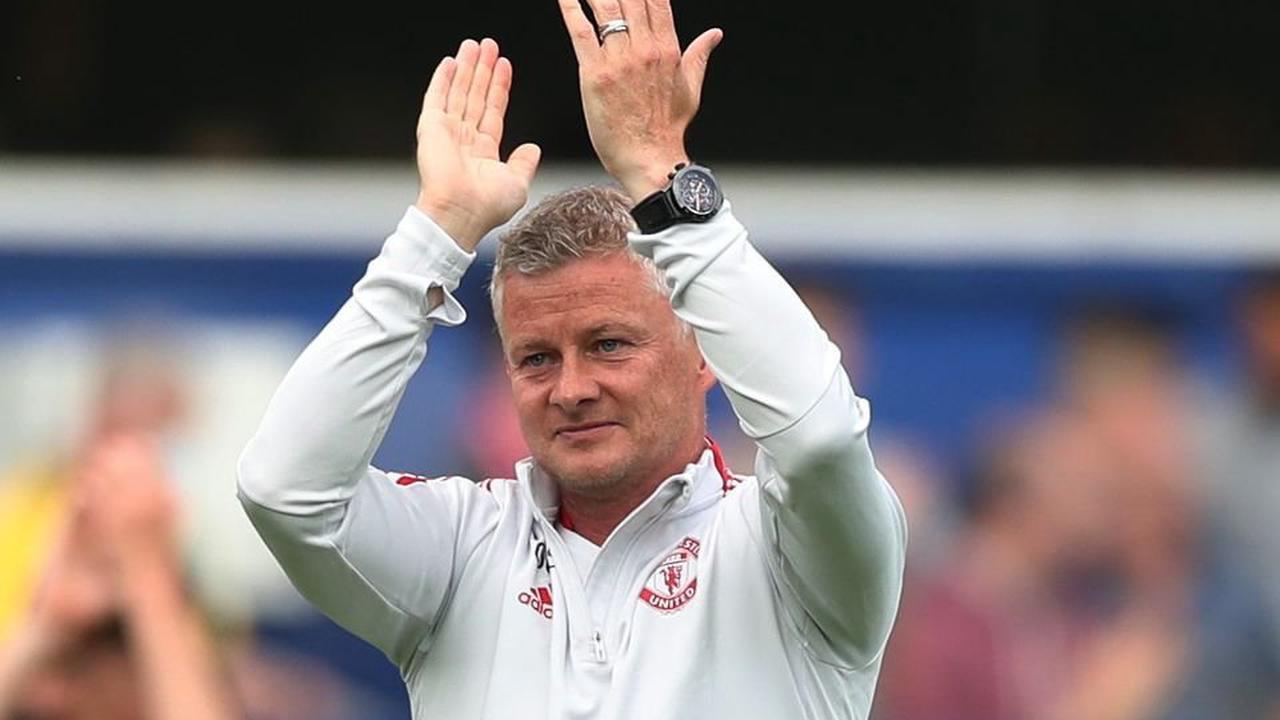 Man United Transfer News: Midfielder price-tag emerges after wonder strike