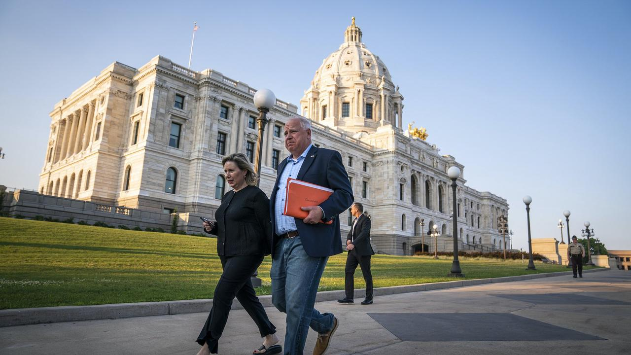 Walz's emergency powers to remain in place after special legislative session