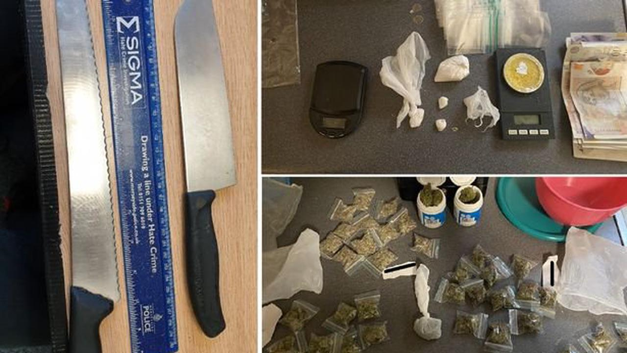 Two arrested and weapons seized after car stopped in Bootle