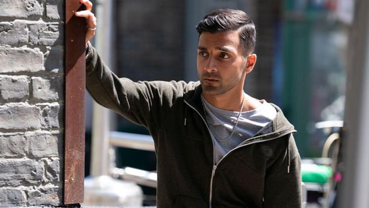EastEnders star Shiv Jalota looks worlds apart from Vinny Panesar in topless holiday snap